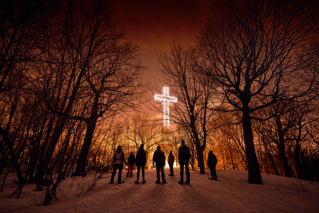 Snowshoe excursions on Mount Royal - February