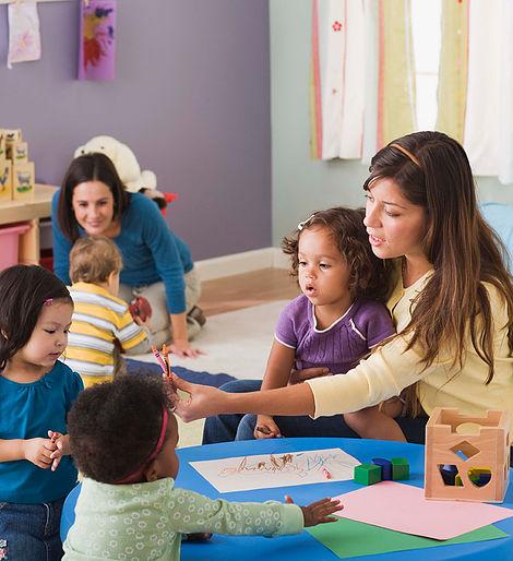 Formations aux intervenants en petite enfance (2021)