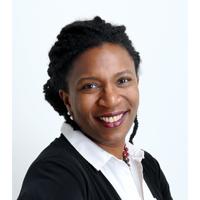 Photo de Nadine Raymond, présidente du conseil d'administration de l'Observatoire québécois des inégalités